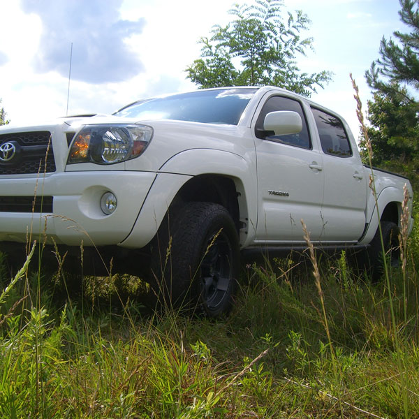 iShock Tacoma Mid Travel Suspension Tricket 2
